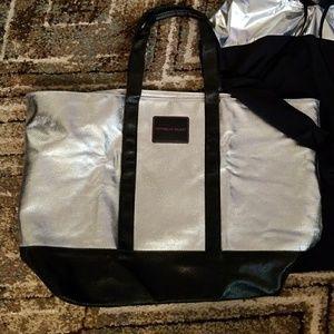 VS HUGE Silver and black TOTE bag 🎒